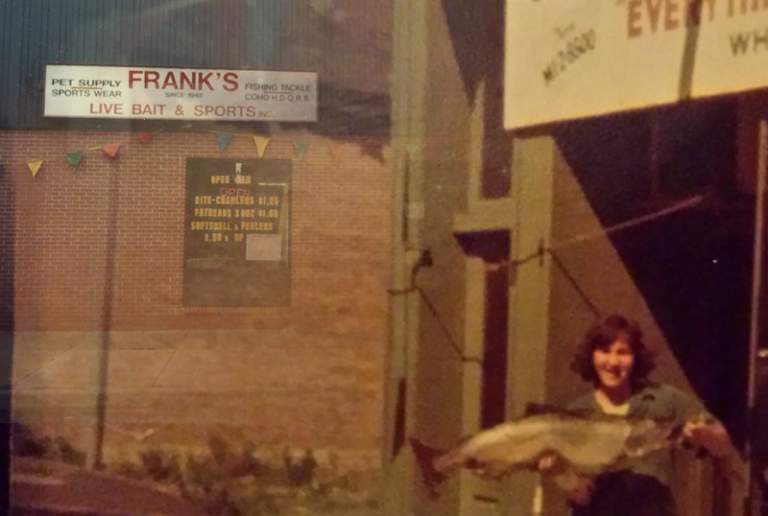 Franks Live Bait & Tackle, Chicago, Illinois.